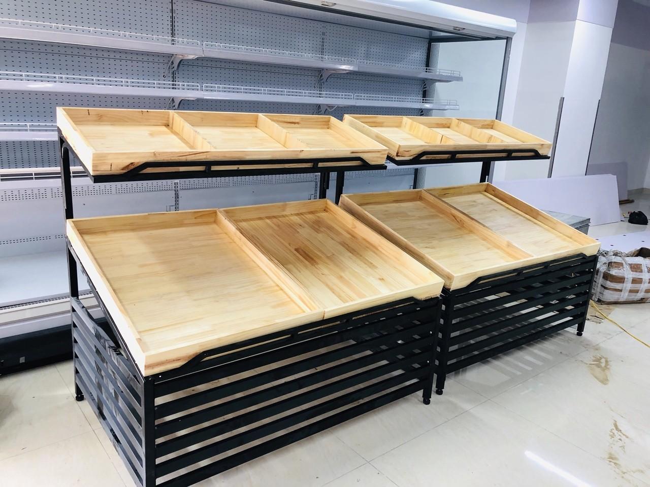 Kệ rau củ gỗ 2 tầng mâm
